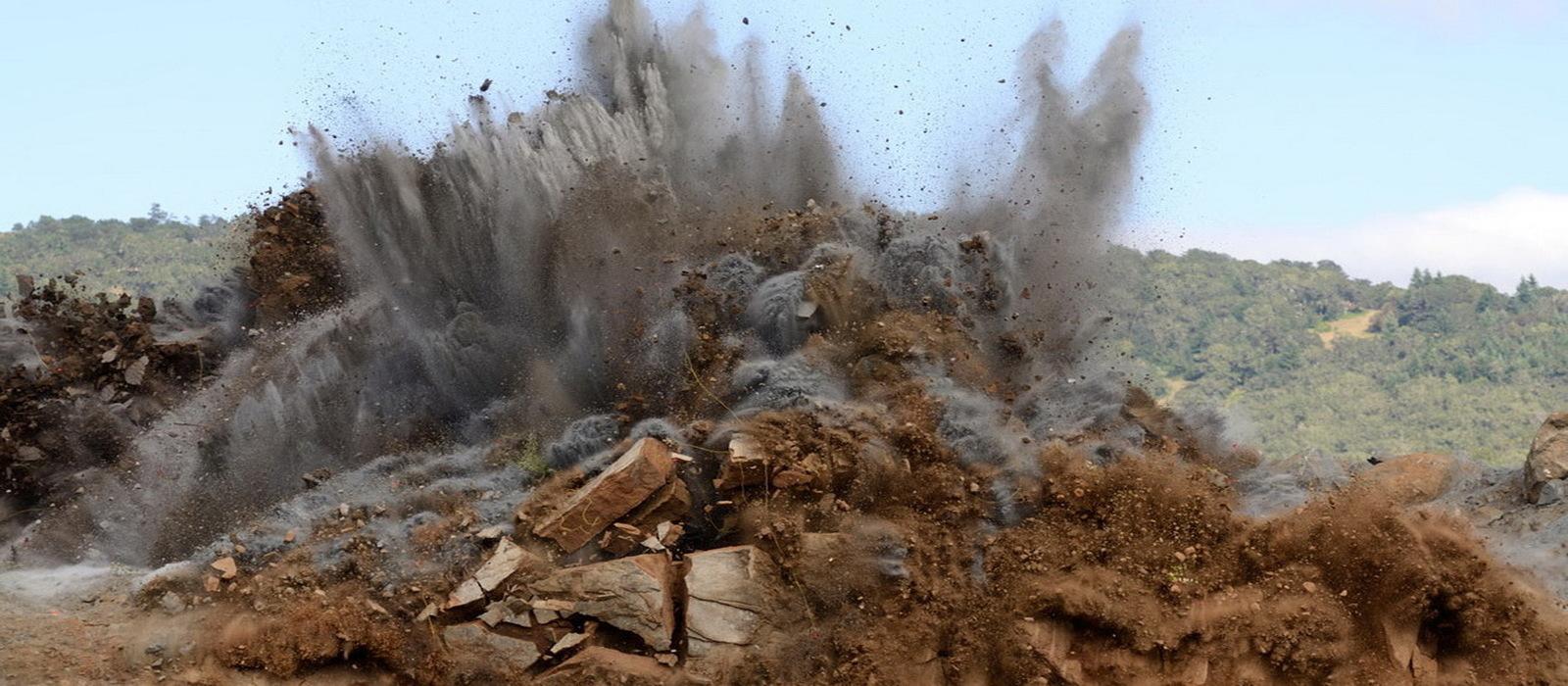 Оценка взрывопожароопасности пыли горных пород и руд: - определение показателей пожаровзрывоопасности горных пород и сульфидосодержащей пыли; - оценка степени взрывопожароопасности пыли и вмещающих пород